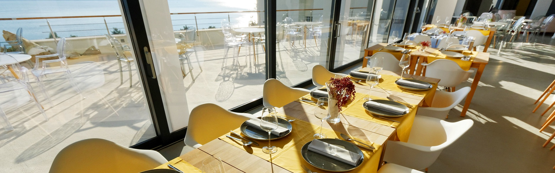 Croatia hotel restaurant with sea view